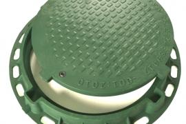 Šulinio dangtis su rėmu, dviems užraktais ir raktu, žalios spalvos